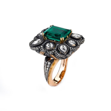 Emerald Cengar Ring