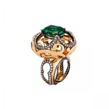 Emerald Sultan Ring
